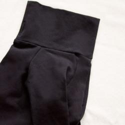 czarna bluza dla psa