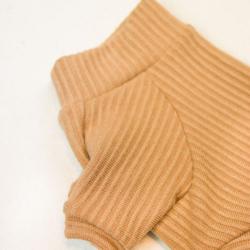 beżowy zimowy sweter dla psa